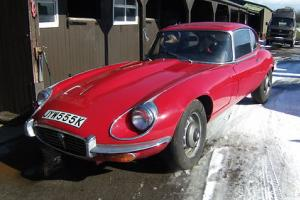 JAGUAR E TYPE V12 (1972 - JYW 555K) in RED (Automatic)  Photo