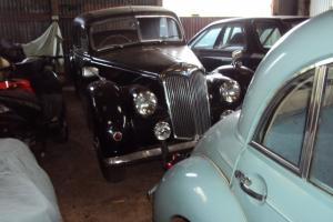 1952 RILEY RMF 2.5 LITRE TWIN CAM SPORTS SALOON FOR LIGHT RESTORATION