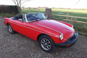 1977 MGB Roadster Photo