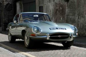 Jaguar E-Type FHC Series 1 - 1964