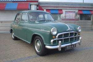 1956 MORRIS ISIS SERIES 1 GREEN, MANUAL OVERDRIVE