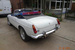 V8 4.6 1968 mgb roadster Photo