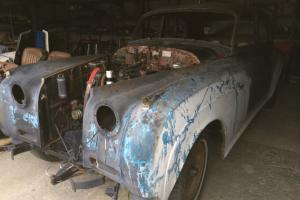 BENTLEY STANDARD STEEL COMPLETE BODYSHELL WITH DOORS BOOTLID BONNET AND WINGS Photo