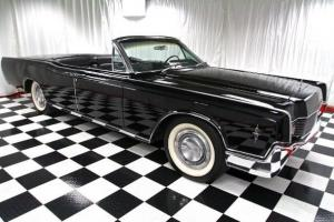 1966 LINCOLN CONTINENTAL CONVERTIBLE!!  ENTOURAGE CAR! GORGEOUS-MUST SEE!!