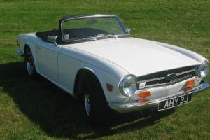 1970 Triumph TR6 Roadster English White RHD 2500cc Overdrive CP Chassis