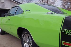 1969 DODGE CHARGER RESTORED SHOW MUSCLE CAR MOPAR A MUST SEE CAR HARD TOP