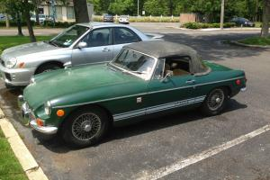 1968 MG MGB CONVERTIBLE 1 OWNER, ALL ORIGINAL, GARAGED SINCE NEW, RUNS AMAZING!