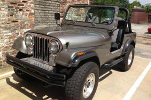 Beautifully Restored 1985 Jeep CJ 7