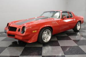 TOTALLY CUSTOM Z28, BUILT 350 V8, ROLL CAGE, COMPLETE SHOW QUALITY CAR!