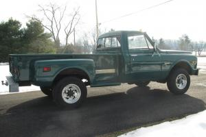1971 GMC K2500  Step-Side Pick up Truck Photo