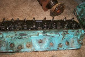 1970 Pontiac Ram Air III YZ Code 4 Bolt Main Number 12 Heads and Nodular Crank