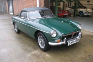 1974 MGB Roadster Photo