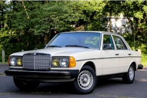 1982 Mercedes Benz 300DT 300 TURBO Diesel SUPER LOW 83K Miles California Car
