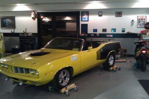 71 cuda convertible,6.1 hemi,fuel injected, 5spd,dana,curious yellow MUST SELL!!
