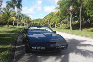 Replica Knight Rider Season 4 Kitt Convertible Photo