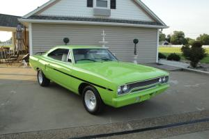 1970 PLYMOUTH ROAD RUNNER COUPE HOT-ROD 4-SPEED
