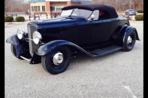 1932 Ford Hot Rod Roadster Automatic 2-Door Convertible
