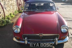 MGB Roadster 1965 In red