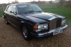 ROLLS ROYCE SILVER SPIIRIT...ONE OWNER FROM NEW..SIMPLY THE FINEST YOU WILL FIND Photo