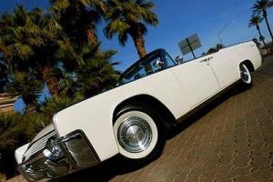 1961 LINCOLN CONTINENTAL CONVERTIBLE HIGHLY DESIRABLE SUICIDE DOOR NO RESERVE!
