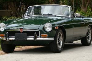 1973 MGB BRITISH SPORTS CAR VERY ORIGINAL FULL HISTORY SELLING NO RESERVE SET