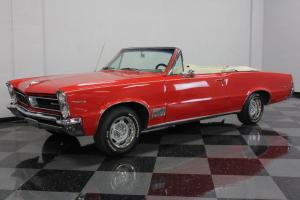 VERY STRAIGHT LEMANS CONVERTIBLE, 326CI MOTOR, FACTORY A/C, POWER TOP