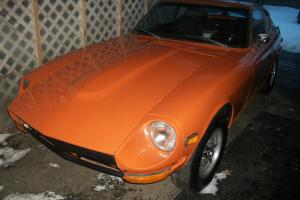 1971 240z series 1 (no rust) very clean runs great numbers matching car Photo