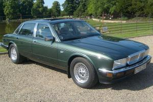 Original 1987 Metallic Green Daimler 3.6 XJ40 automatic, 33,000 genuine miles Photo