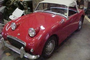 LQQK 1961 AUSTIN HEALEY SPRITE ,RED BUGEYE, RUNS AND DRIVES GREAT L@@K Photo