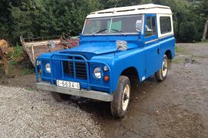 LAND ROVER DEFENDER Photo