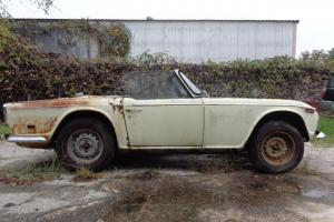 1968 Triumph TR250 Base 2.5L Photo