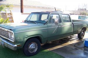 1977 dodge d200 crew cab D code 440 Big block matching number original 2wd  d100