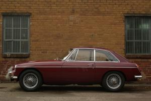MGC GT Complete car with restored body Photo