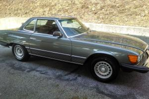 SUPERB 450 SL / ONE OWNER / LOW MILES / ORIGINAL MANUALS AND WINDOW STICKER!