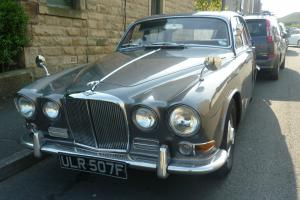 Bargain Classic Car (Jaguar 420)