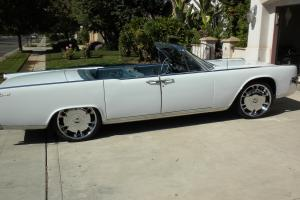 1964 LINCOLN CONTINENTAL CONVERTIBLE, AMERICAN CLASSIC CAR, SUICIDE DOORS