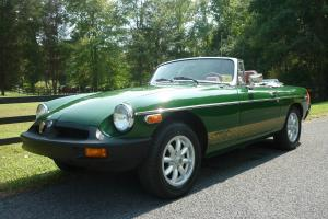 1980 MGB convertible - beautiful