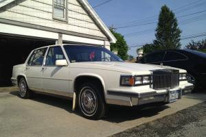 1986 Cadillac Fleetwood One Owner All Original 21,816 miles Rolls Royce Grille