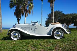 Restored White/Green/Khaki 1953 MG TD Photo