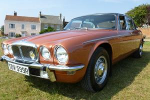 1977 DAIMLER 4.2 VANDEN PLAS AUTO CORAL METALLIC 55700 MILES RARE EXAMPLE Photo