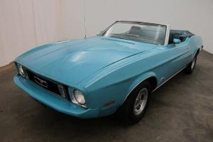 1st GENERATION OF THE CLASSIC MUSTANG CONVERTIBLE, 351 cid v2 V-8 ENGINE