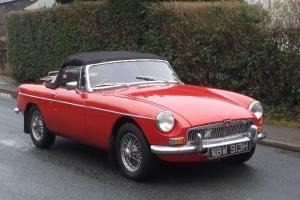1970 MG B Roadster Photo