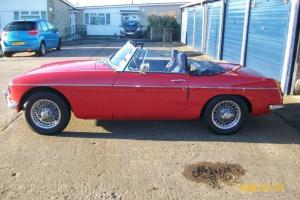MG B 1966 Roadster Convertible