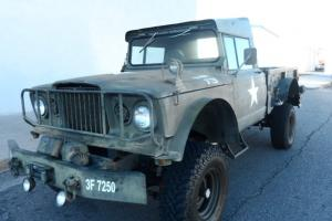 1967 Jeep Kaiser M-715 4x4 Automatic Ford power plant 400 Big Block V8