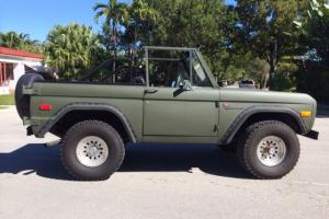 CLASSIC FORD BRONCO 1973 FULLY RESTORED