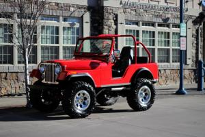 1973 CJ5 350 Chevy Custom Show Jeep 4x4