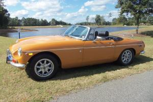 1974 MG MGB Base Convertible 2-Door 1.8L Roadster