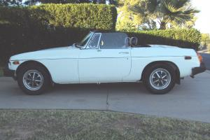1976 Mg MgB MarK IV-ALPINE WHITE-Great on Gas-AFFORDABLE-sexy-FuN CONVERTIBLE Photo