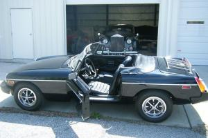 1974 1/2 (Rubber Bumper) MG MGB Black 2-Door Convertible Photo