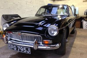 MGC GT . MG MOTORSPORT FAST ROAD/BLACK WIRE WHEELS